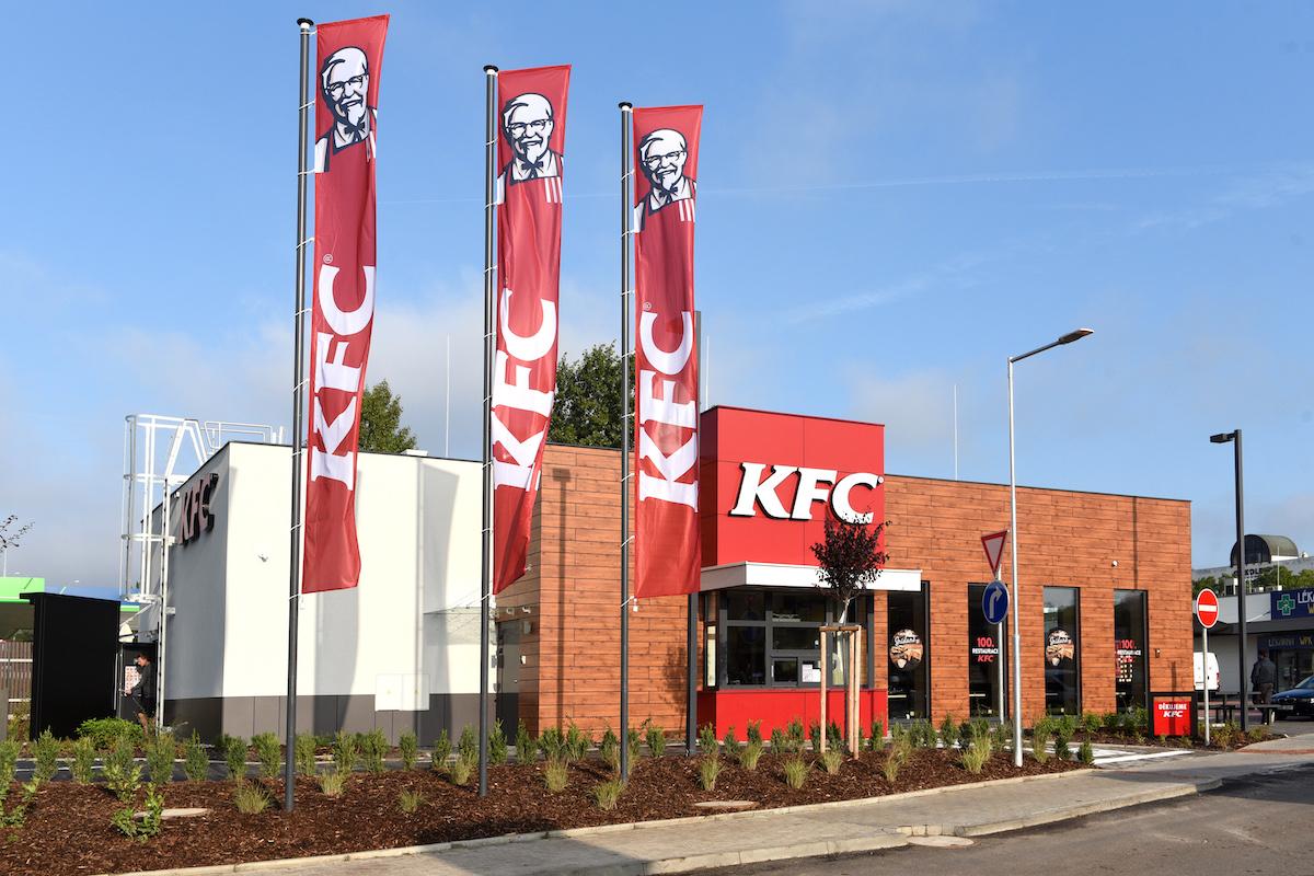 Nově otevřená provozovna KFC v Bucharově ulici v Praze 5