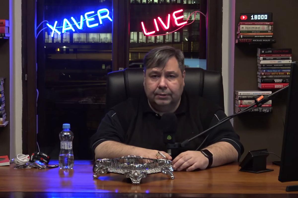 Luboš Xaver Veselý v aktuálním ze svých internetových živých vysílání
