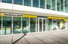 Raiffeisenbank má aplikaci RaiPay pro bezkontaktní platby mobilem