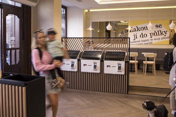 Samoobslužné kiosky jsou neskutečně výkonní prodavači