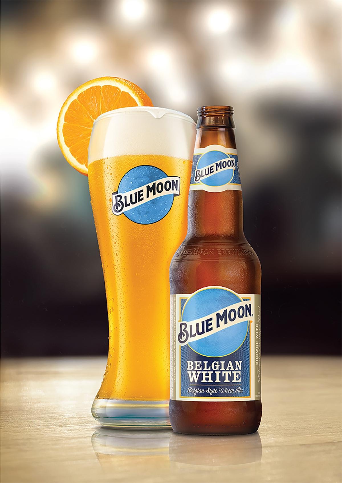 Pivo Blue Moon Belgian White v lahvi