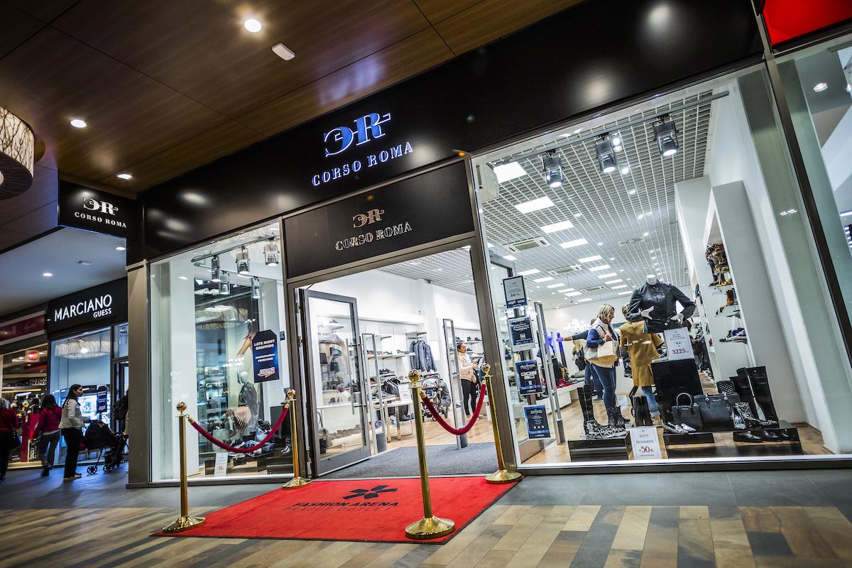 Obchod značky Corso Roma v pražské Fashion Areně