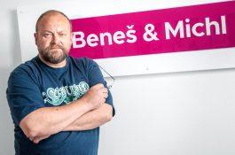 Světlík je designérem v agentuře Beneš & Michl