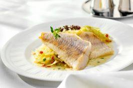 Lidl historicky nejvíc zlevnil filety z candáta a likér Bombardino
