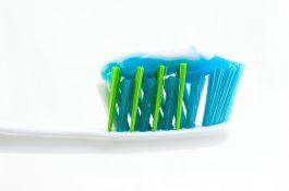 Ze zubních past si Češi nejčastěji vybaví Colgate, mladší za pasty utrácejí víc
