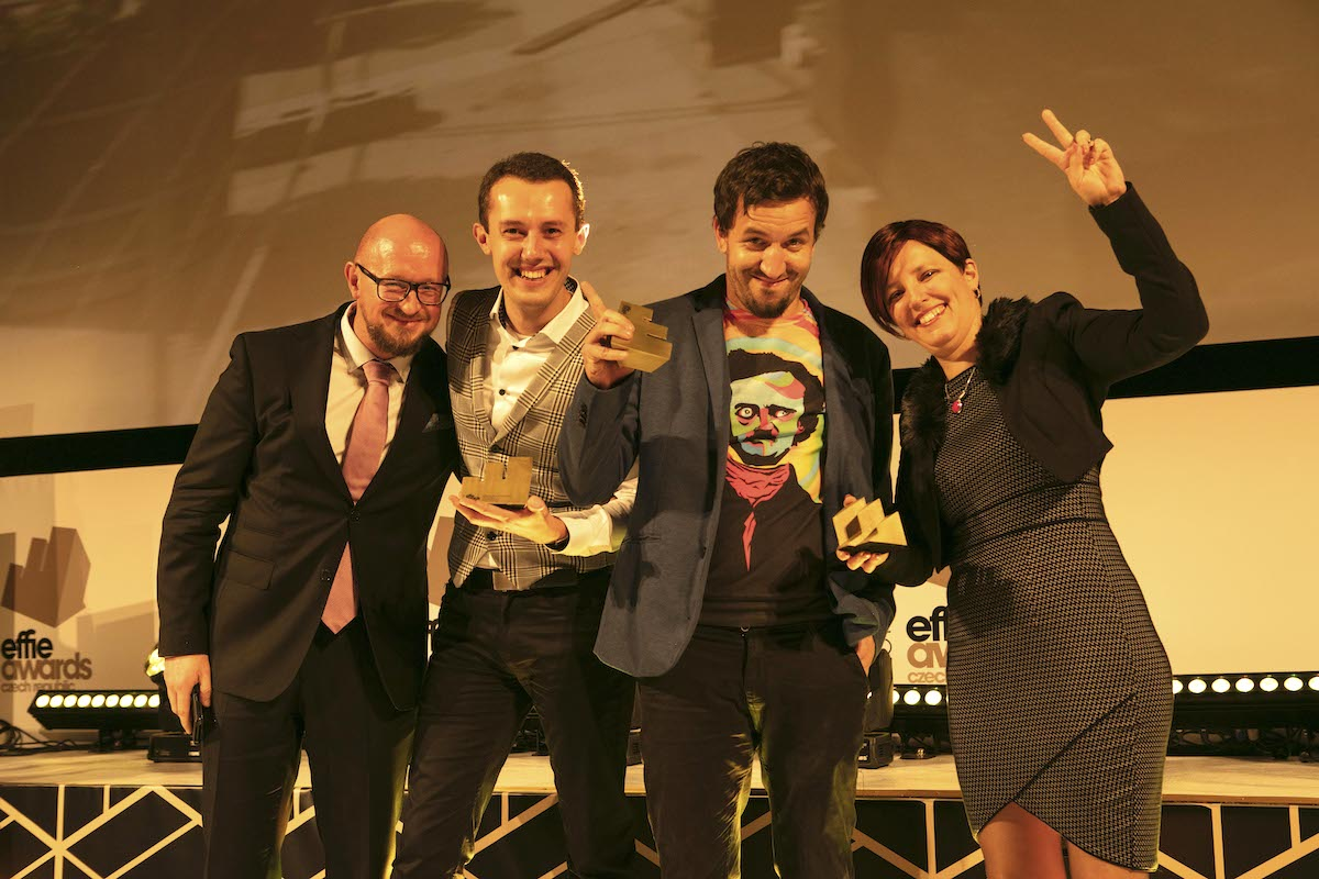Zlatá Effie v kategorii Kampaň veřejné správy pro Aetnu a Street Dog za práci pro město Brno