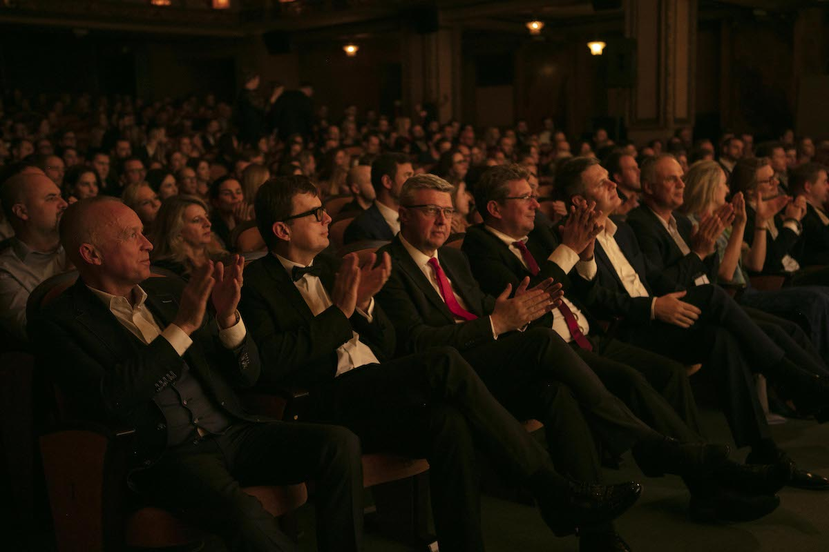 Slavnostního večera se zúčastnil i ministr průmyslu a obchodu Karel Havlíček