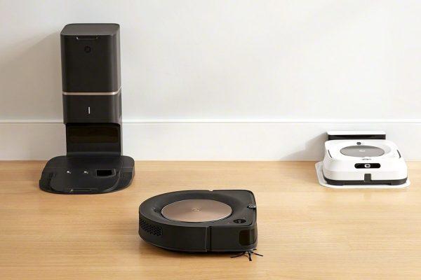 Adison pracuje pro iRobot a Experis Executive