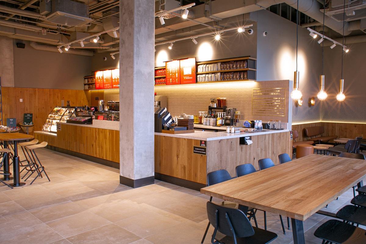Starbucks otevřel první prodejnu v Ústeckém kraji