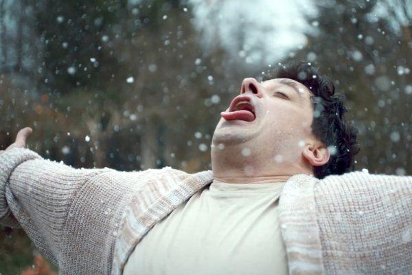 Filip Rajmont zasněženou zahradou sám sobě plní přání díky ING