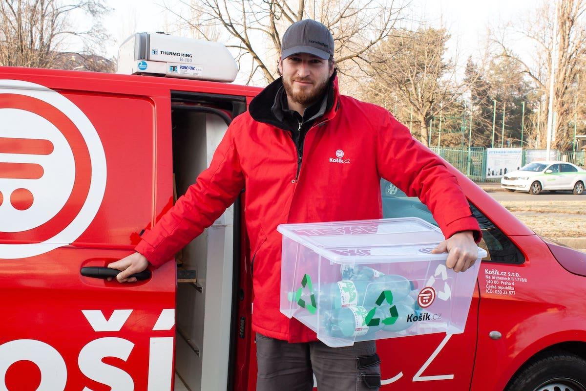 Košík.cz lahve předává k recyklaci