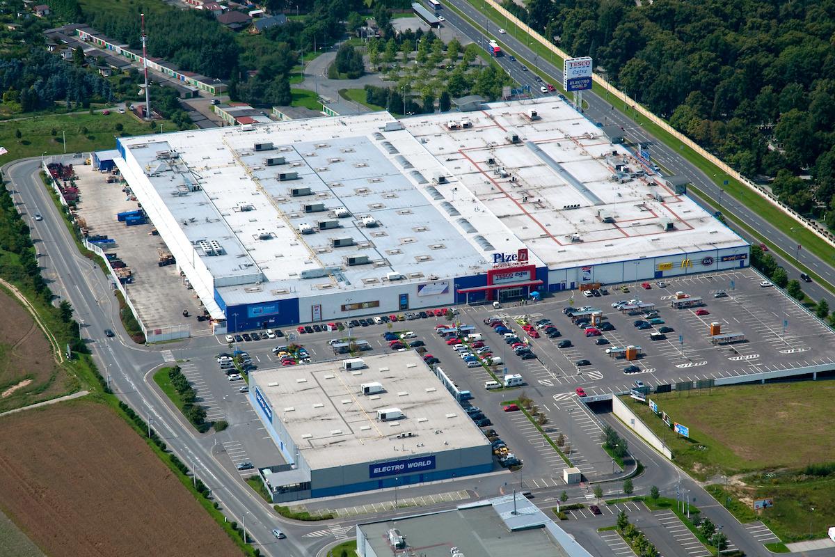 Hlavním nájemcem Obchodního centra Plzeň zůstává hypermarket Tesco