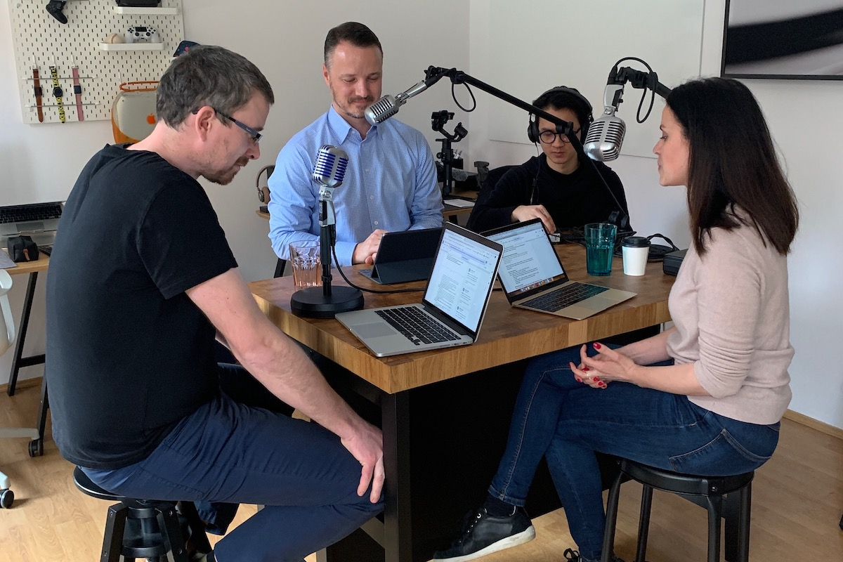 Boomerang natáčí svůj vlastní oborový podcast in_Content ve studiu influencera Petra Máry