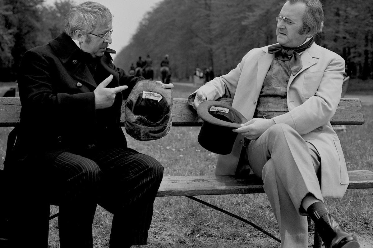 Miroslav Horníček a Jiří Sovák v seriálu Byli jednou dva písaři z roku 1972, příběhu o dvou přátelích kteří se rozhodli žít na venkově. Foto: Česká televize