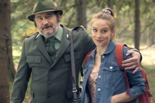 Ctirad Götz a Anna Kadeřávková ve spotu Kofoly