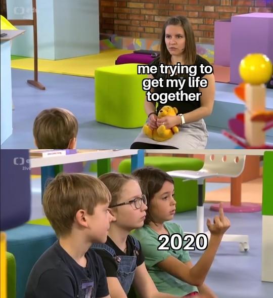 Meme z veřejnoprávní UčíTelky