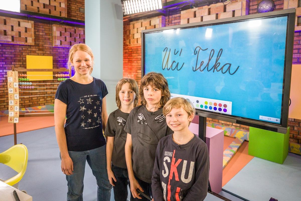 Ze zkoušky vysílání UčíTelka. Foto: Česká televize