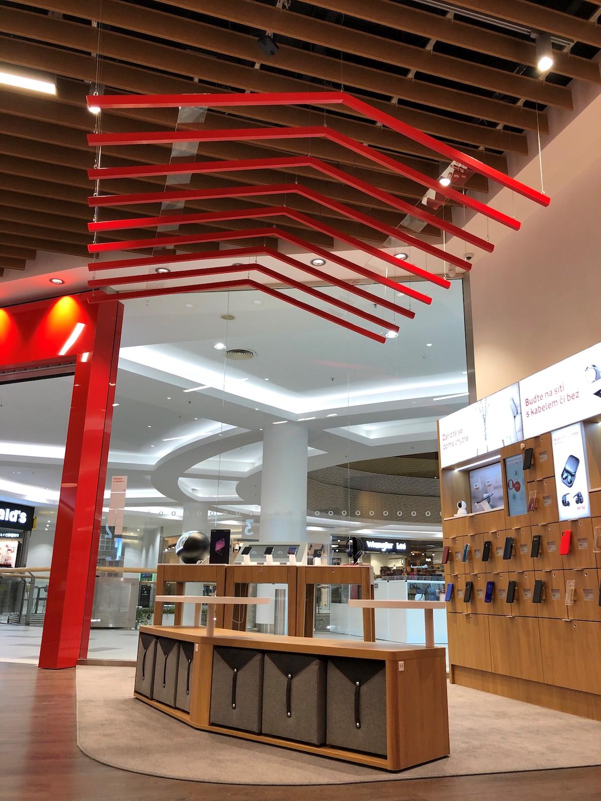Nový koncept prodejny Vodafonu v Letňanech