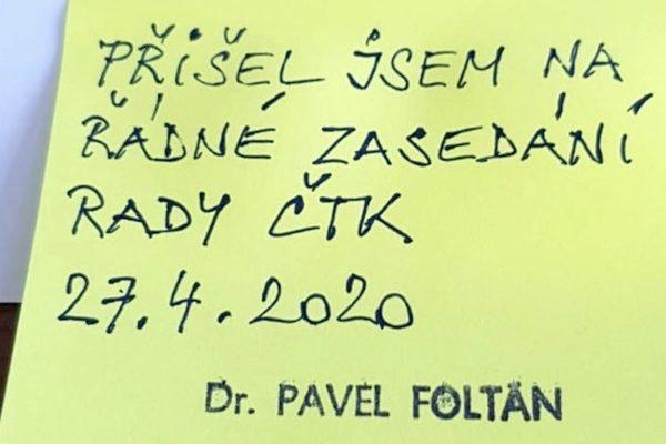 Radní ČTK Foltán neuznává videokonference, nechal lístek na vrátnici