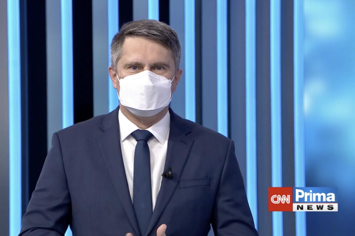 Marek Singer v novém studiu CNN Prima News