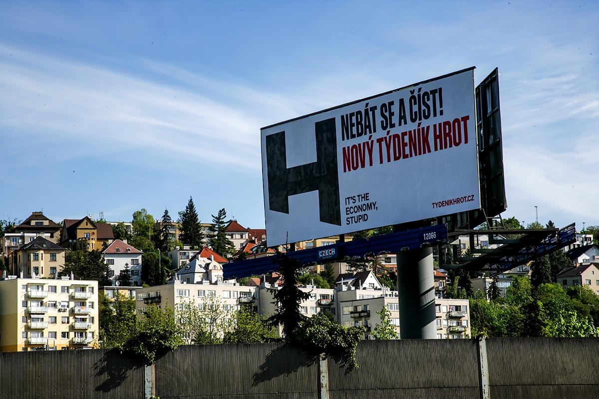 Billboardová kampaň týdeníku Hrot