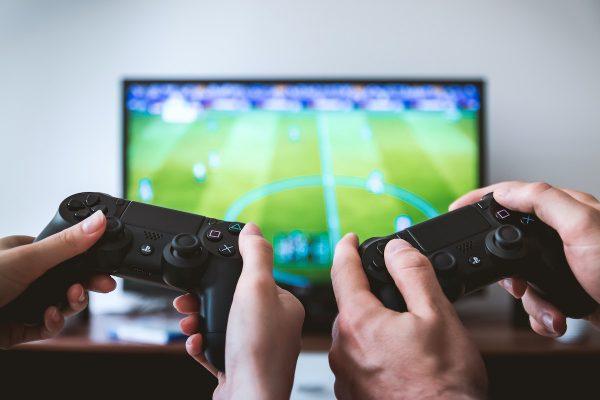 Facebook pro PlayStation zajistí BeSocial