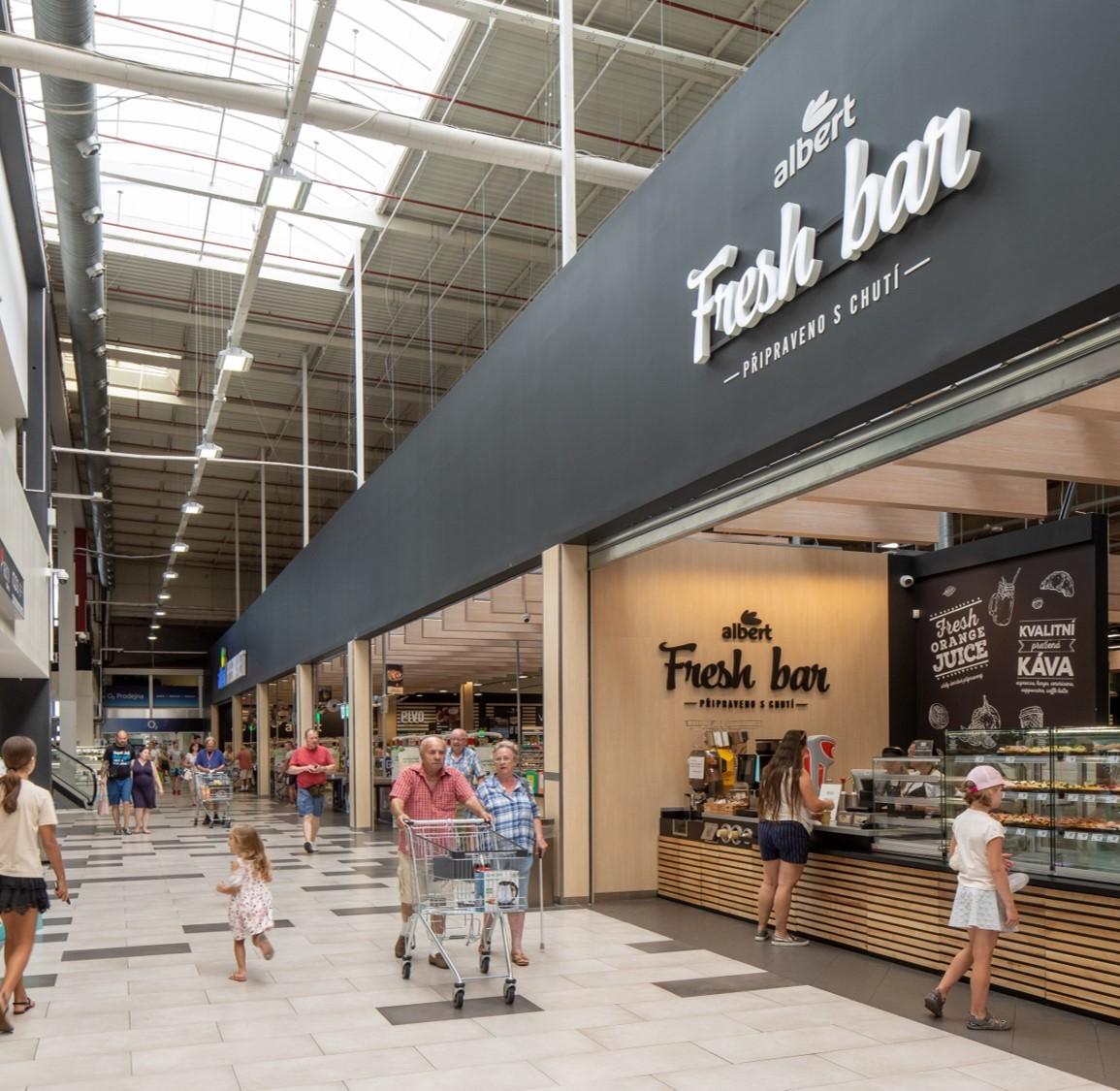 Hlavní jednotkou čestlického centra zůstává hypermarket Albert
