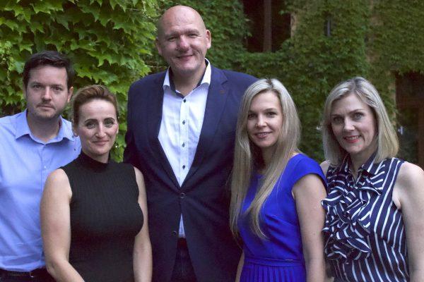 Vlček zůstává v čele PR Klubu, místopředsedkyní nově Karasová