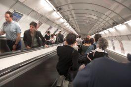 Soud osvobodil JCDecaux i ostatní v kauze se citylighty v metru