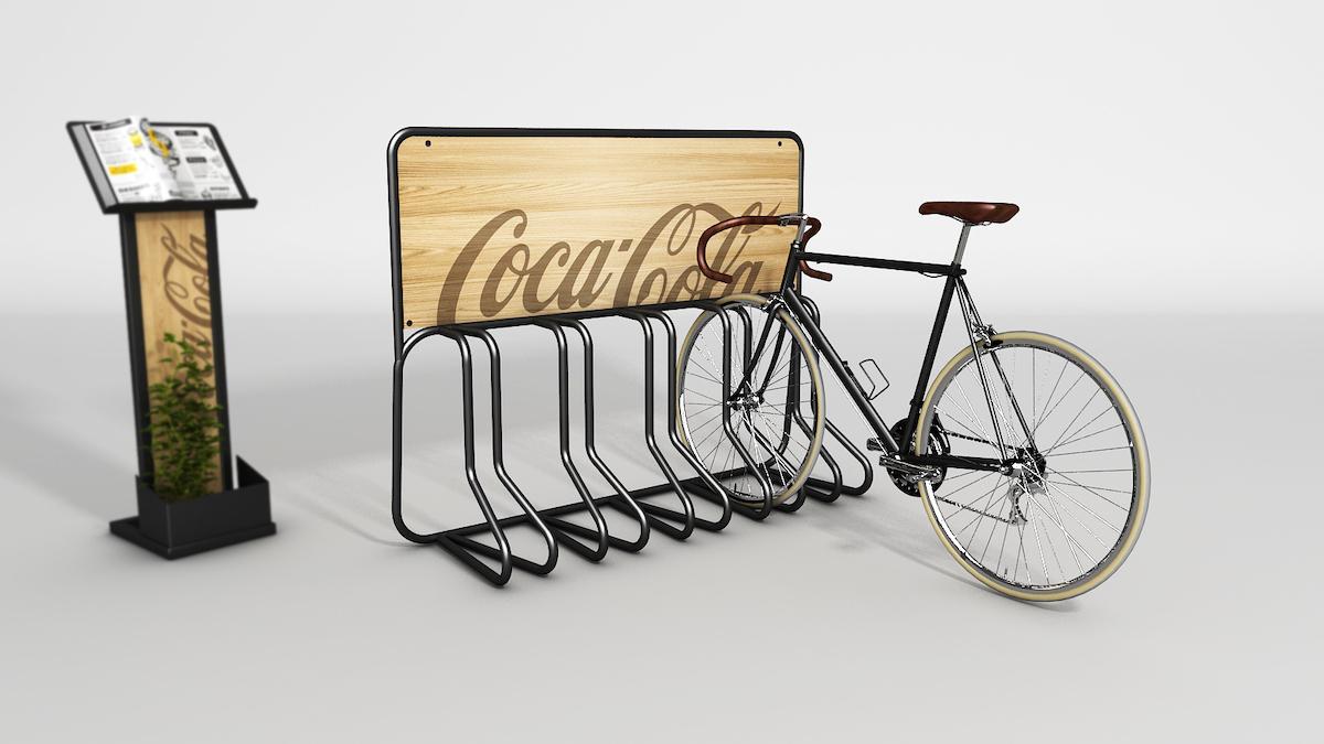 Brandované vybavení od Coca-Coly