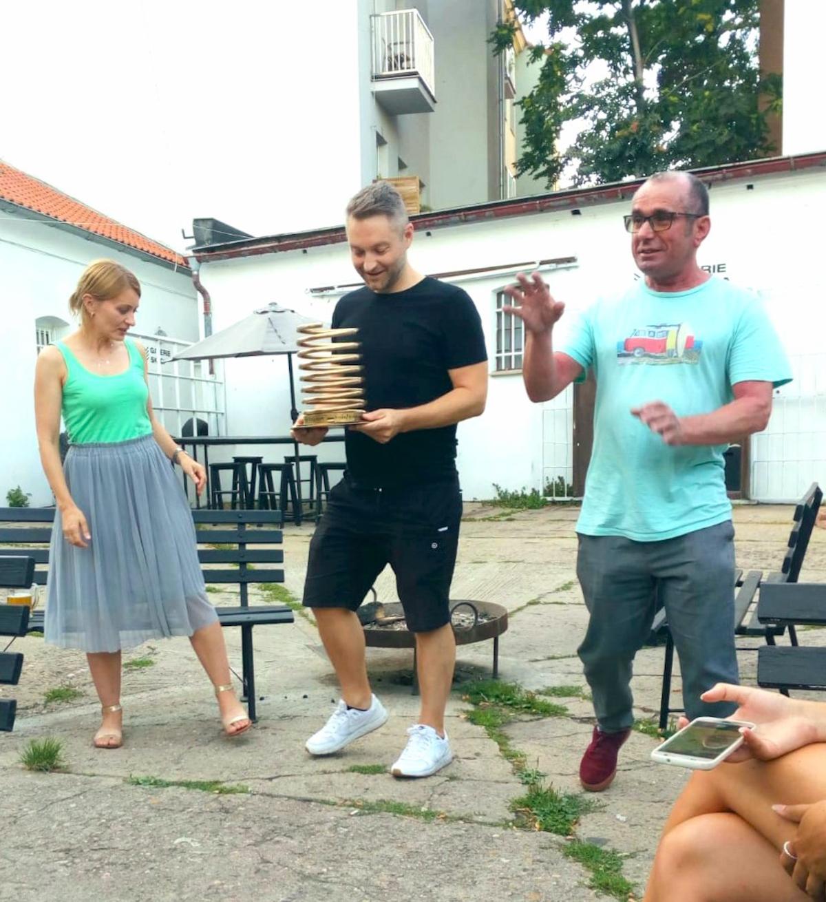 Zleva Iva Hadj Moussa, Zdeněk Buchtela, Petr Vlasák