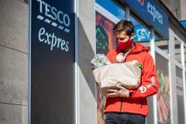 Dáme jídlo začíná rozvážet nákupy z prodejen Tesco Expres,za 69 Kč