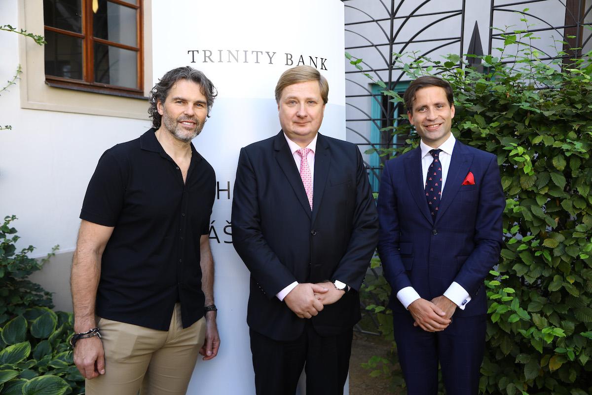 Jaromír Jágr, Radomír Lapčík a Lukáš Kovanda, který je čerstvě hlavním ekonomem Trinity Bank
