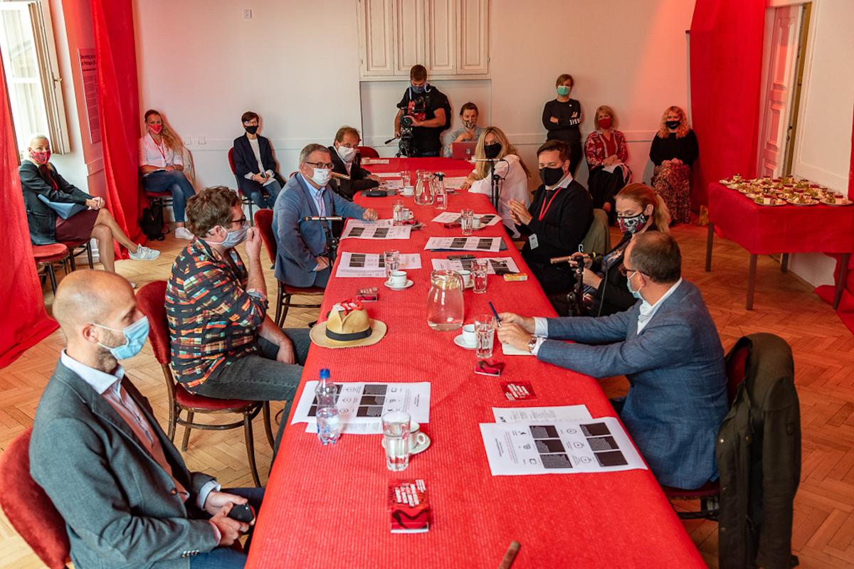 Meeting státního fondu s ministrem kultury Zaorálkem, řediteli televizí a představiteli asociací z oblasti audiovize. Foto: Tomáš Bezděk