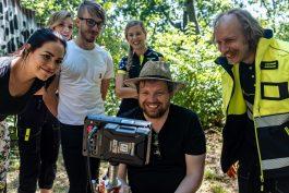 Pražská záchranka nasazuje náborové spoty se Zelinkou, režíroval je Klusák