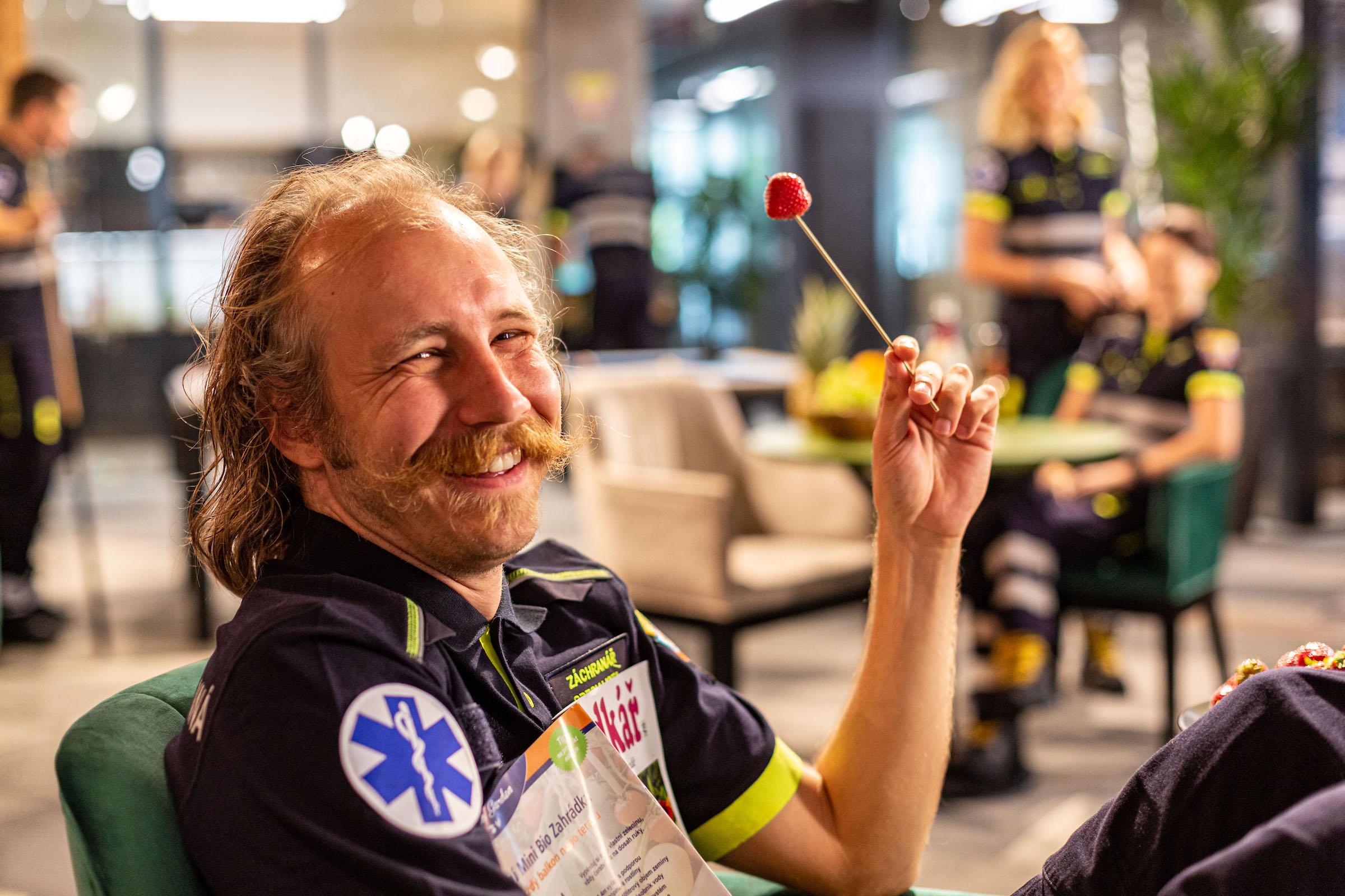 Marek Zelinka s jahodou