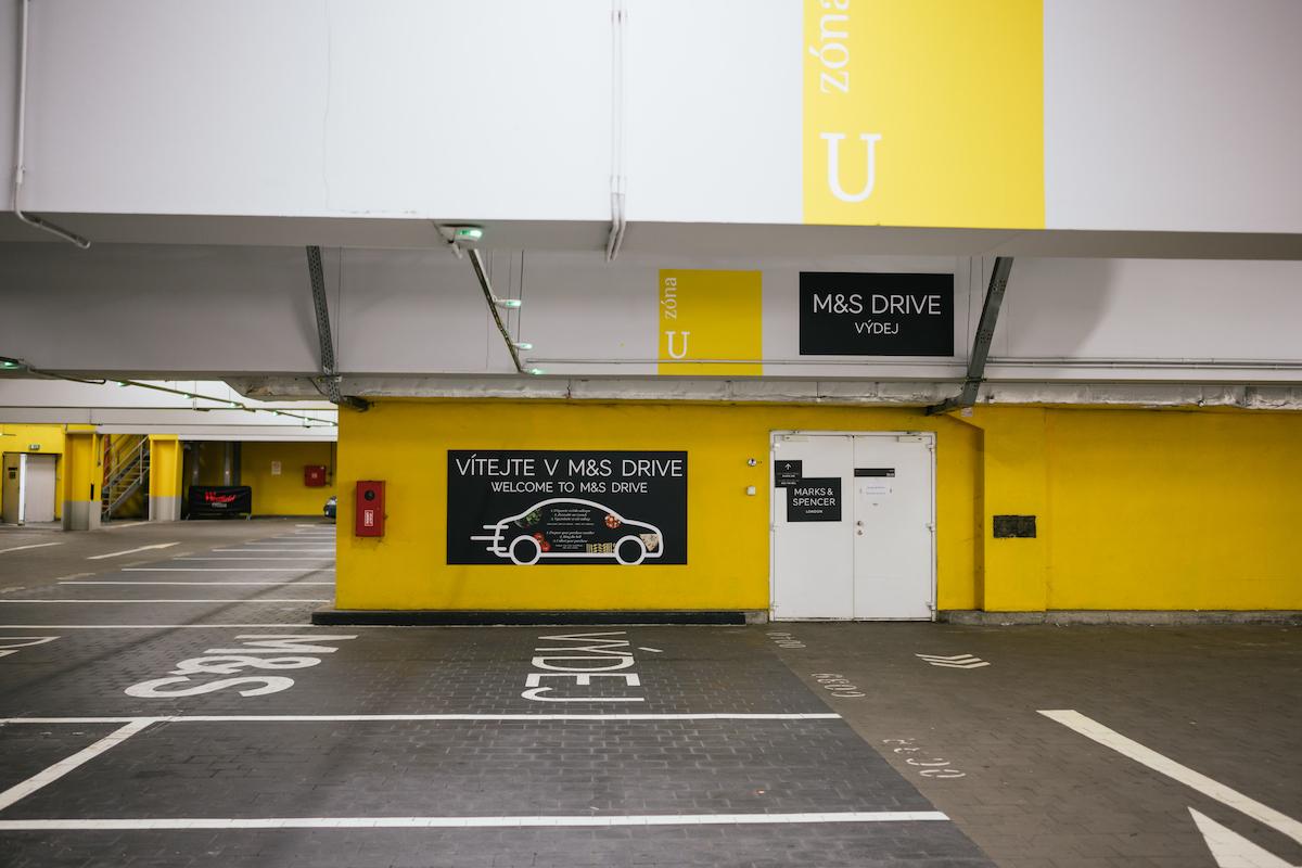 Službu Donáška do auta brzy nabídne také Marks & Spencer