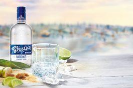 Božkov Republica Vodka a kávový rum připomínají 100 let Božkova