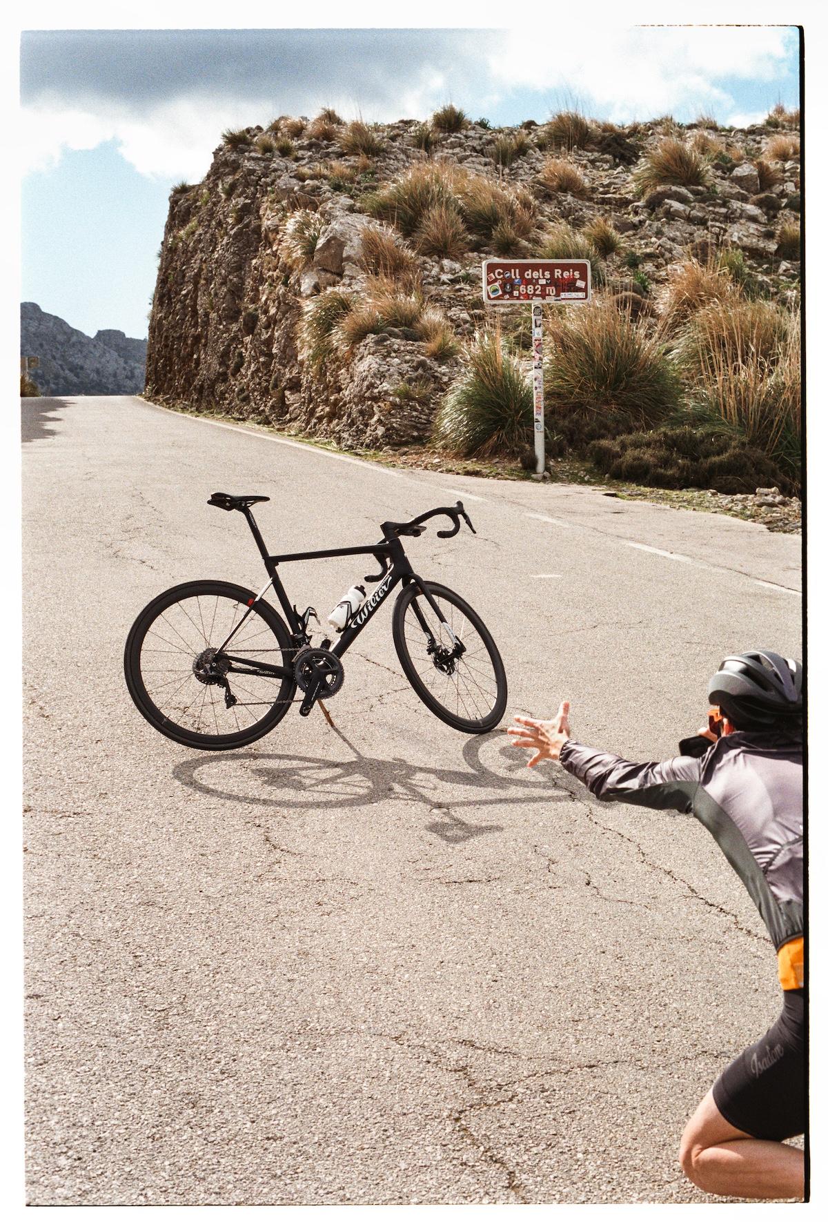 Isadore Apparel: Cycling Struggles