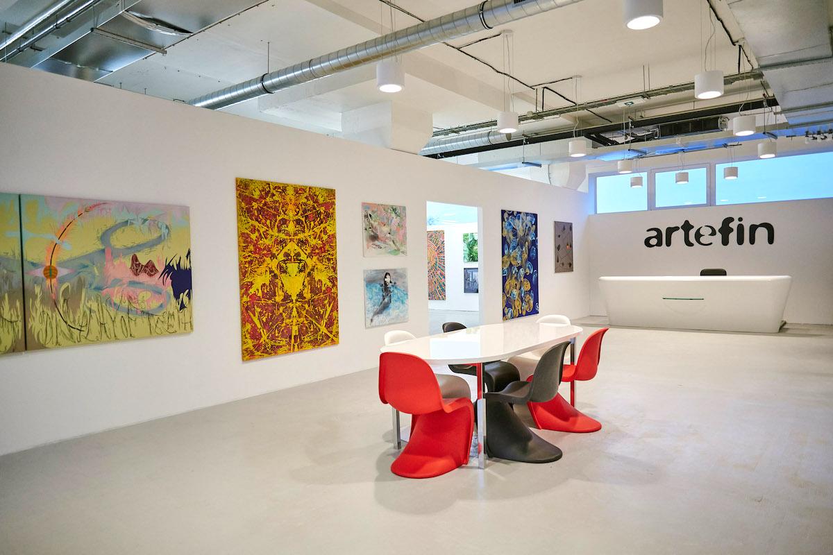Depozitář a showroom Artefin