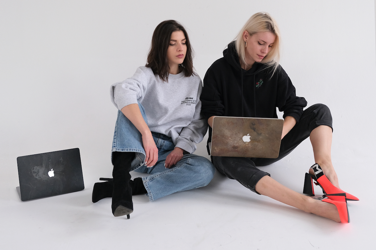 Kateřina Horká a Sabina Samuel s vlastními produkty