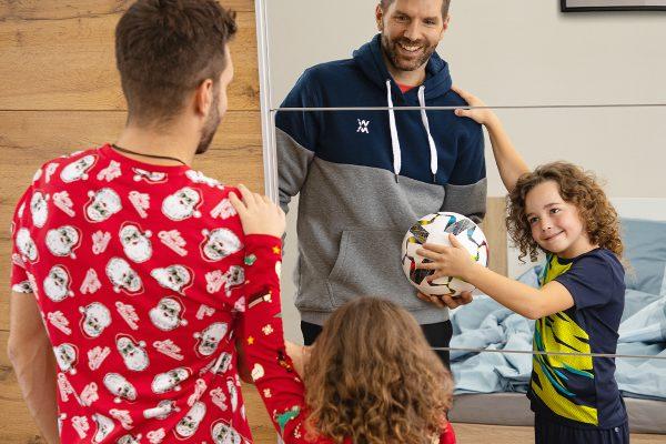 Vánoční dárky, conezůstanou ležet ve skříni, pro Sportisimo propaguje Nasty