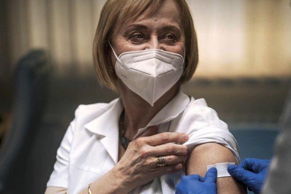 Infektoložka Hana Roháčová v kampani Udělejme tečku