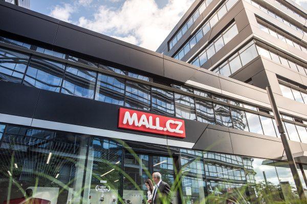 Mall Group byla vůbec poprvé v černých číslech
