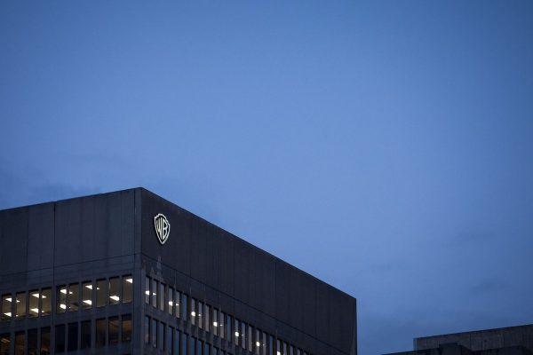 AT&T spojí svou divizi Warner Media s Discovery