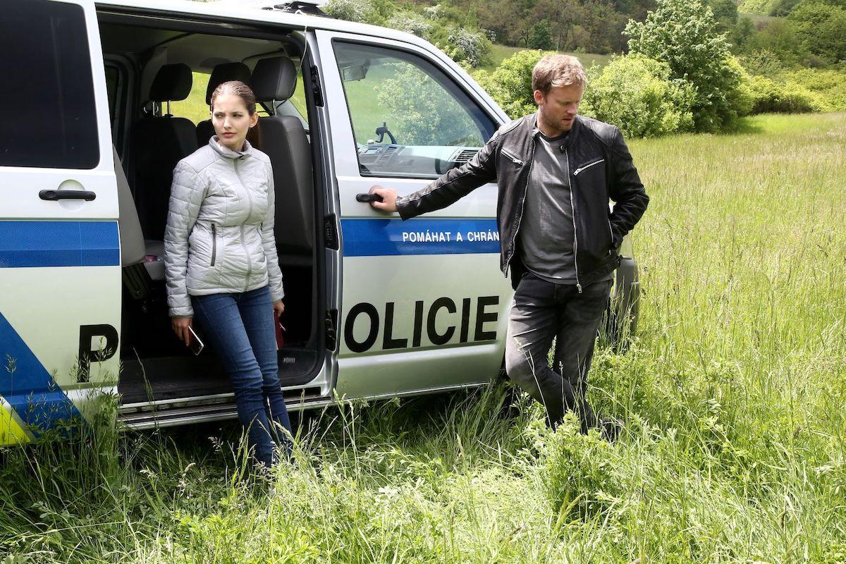 Sára Sandeva a Jakub Prachař. Foto: TV Prima