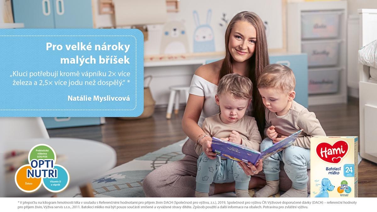 Natálie Myslivcová v kampani Pro velké nároky malých bříšek