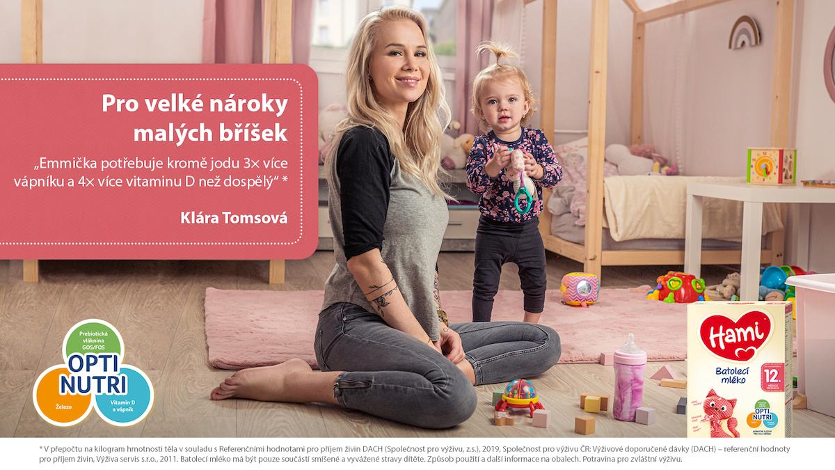 Klára Tomsová v kampani Pro velké nároky malých bříšek