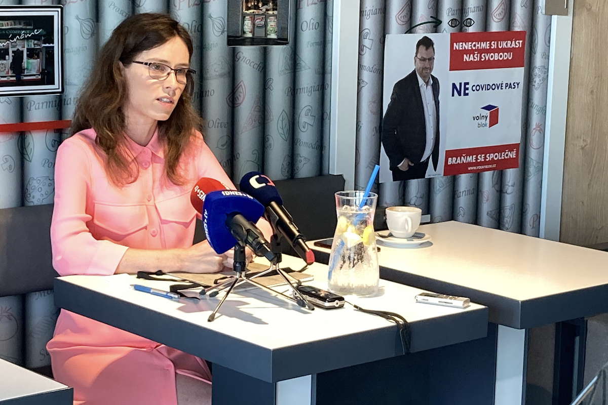 Hana Lipovská ohlásila kandidaturu do sněmovny v červenci v pizzerii na pražském Kačerově