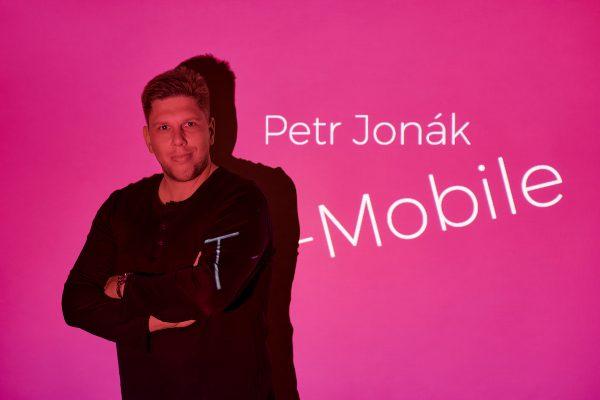 T-Mobile po 18 letech mění PR agenturu, vybral tandem FYI Prague a Katz83